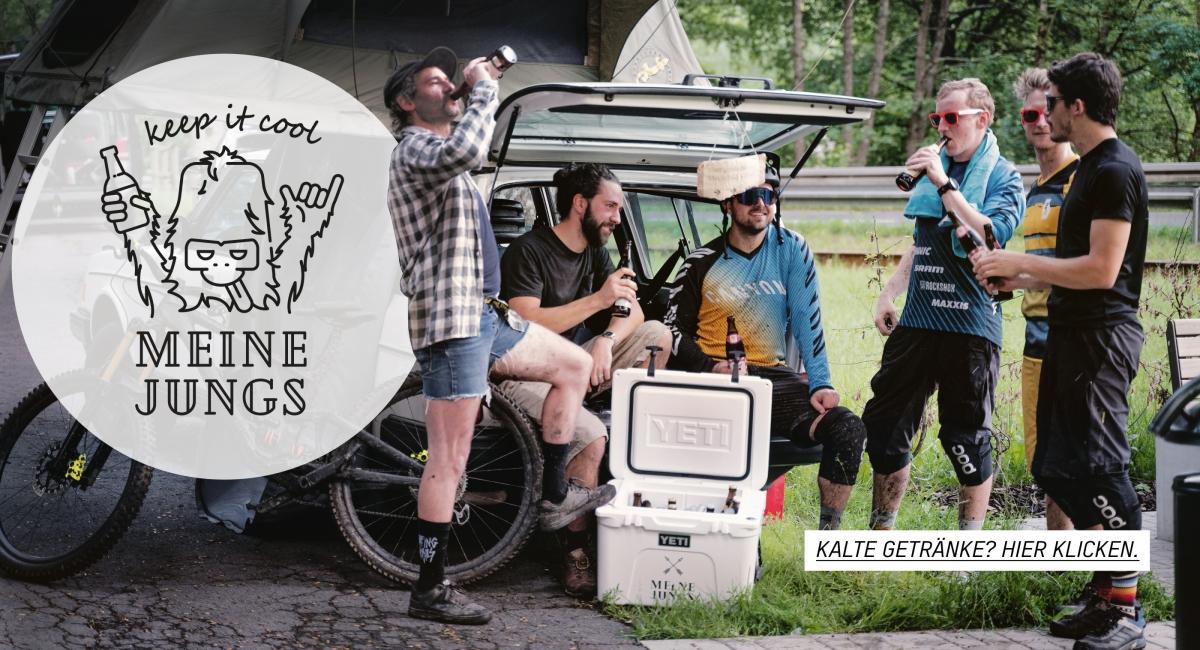 Jungs, Bier, Kühlbox, Eis, Kalt, Freundschaft, keep it cool